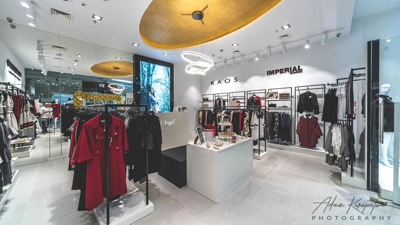 Realizacja projektu wnętrz sklepu z odzieżą damską